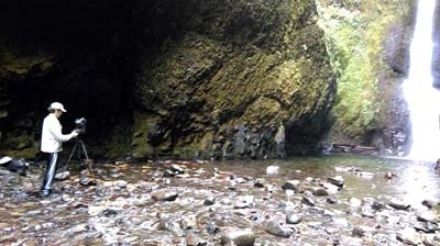 Setting up after having waded through the freezing water at Oneonta Gorge